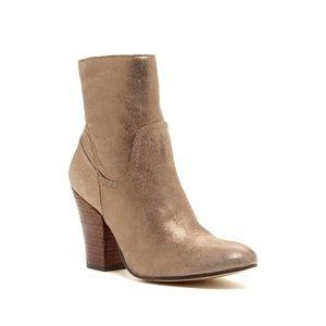 Anthropologie Matisse Keegan leather metallic boot